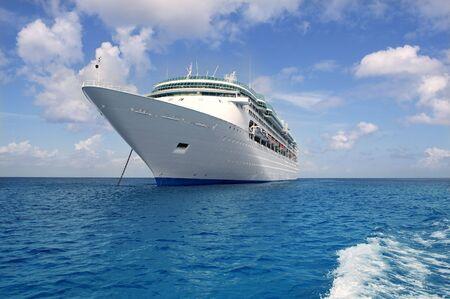 cozumel: Anclaje de barco en el mar Caribe Cozumel M�xico isla de crucero