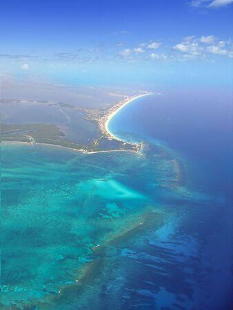 azul turqueza: Agua turquesa del mar Caribe azul en Canc�n M�xico