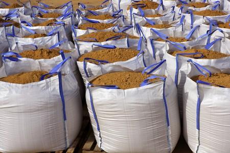 Sandsack weißen big-Bag-Sand-Säcke auf Steinbruch