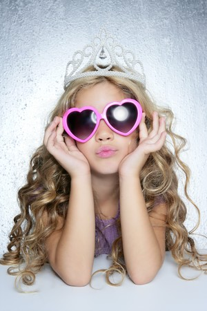 little model: fashion victim little princess girl humor portrait crown and hearth shape glasses