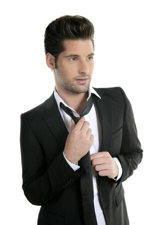 lazo negro: Joven hermoso traje casual empate traje aislado en blanco