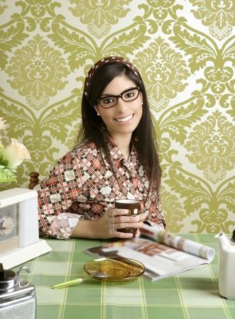 coffee retro woman kitchen coffee with magazine vintage wallpaper Stock Photo - 8385014