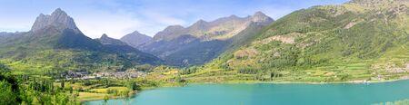 Sallent de Gallego Seeblick Panorama Lanuza Huesca Spanien Pyrenäen