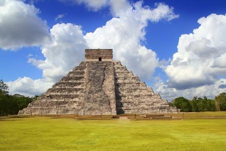 Ancient Chichen Itza Kukulcan Mayan Pyramid Yucatan Mexico  photo