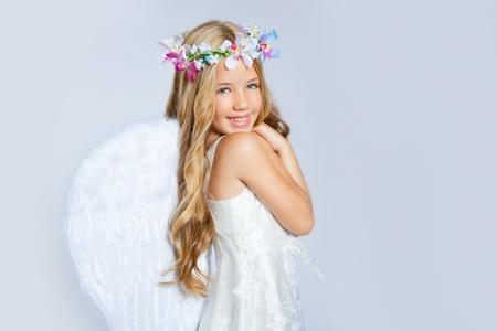 corona navidad: Chica de ni�os Angel corona alas y flores blanca