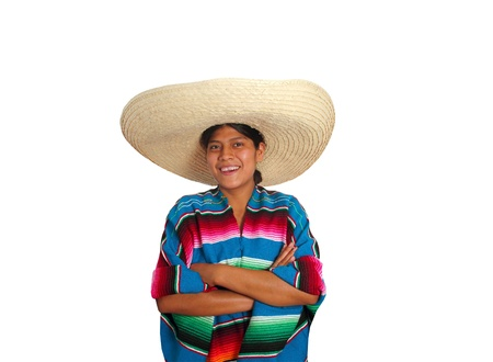 Latina mujer hispana mexicana con sombrero y poncho aislados en blanco photo