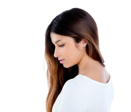 visage femme profil: Fille asiatique indien profil brune cheveux longs portrait