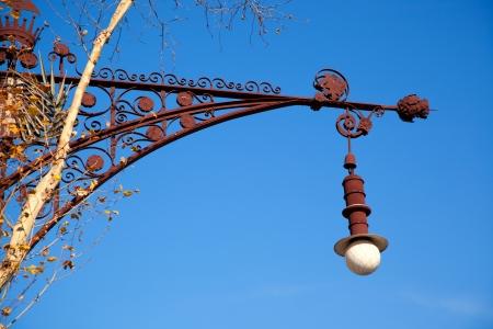 paseo: Barcelona Paseo de Gracia streetlight Falques modernist
