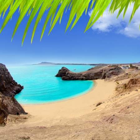 lanzarote: Lanzarote Papagayo turquoise beach and Ajaches in Canary Islands