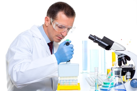 discovery channel: laboratory scientist working at lab with multi channel pipette Stock Photo