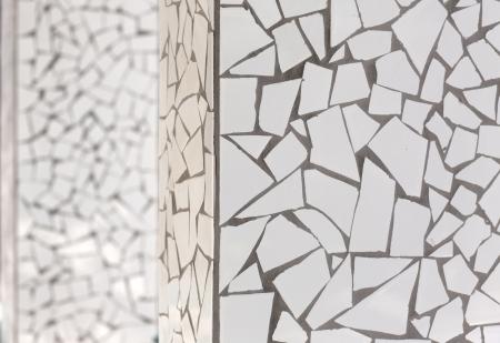 trencadis: mosaico de azulejos rotos trencad�s t�pico de la Espa�a mediterr�nea