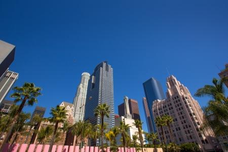 LA Downtown Los Angeles Pershing Square Palmen und Wolkenkratzer Standard-Bild
