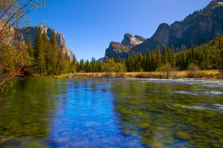 Yosemite Merced River el Capitan and Half Dome in California National Parks US photo