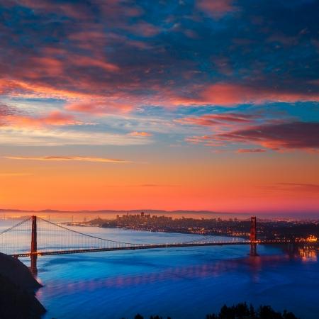 san francisco golden gate bridge: San Francisco Golden Gate Bridge sunrise California USA from Marin headlands