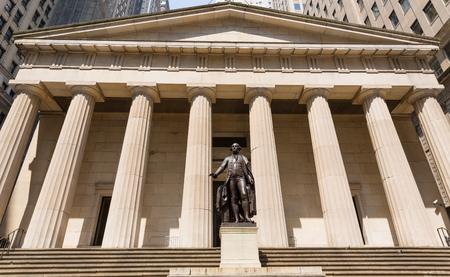 george washington: Sala de Nueva York Federal Memorial George Washington estatua de EE.UU.