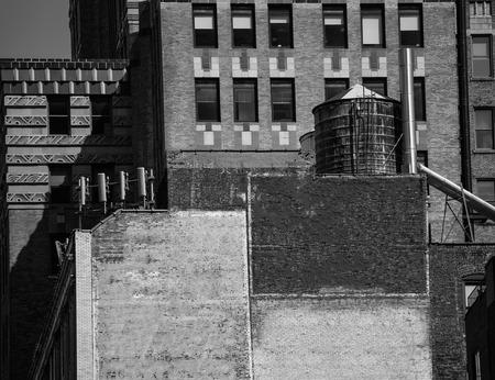 av: Fift avenue aged brick wall 5 th Av New York Manhattan USA Stock Photo