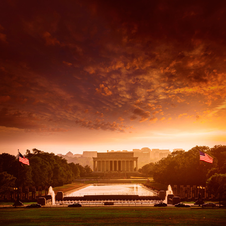 abraham lincoln: Abraham Lincoln Memorial building sunset Washington DC US USA