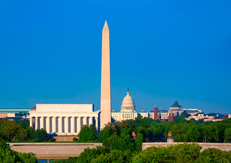 Washington DC Skyline mit Denkmal Capitol und Abraham Lincoln Memorial Editorial