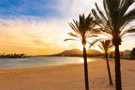 Alcudia Majorque au coucher du soleil sur la plage des îles Baléares Majorque Banque d'images - 37676014