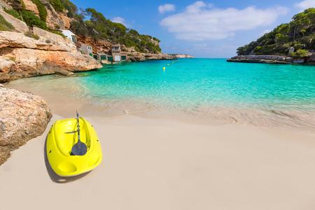 ocean kayak: Playa de Cala Llombards Mallorca Santanyi en Mallorca Islas Baleares de España