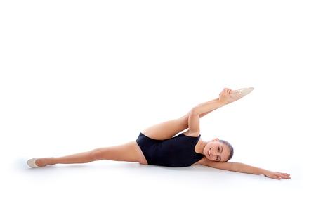 gimnasia ritmica: Kid chica ejercicios de gimnasia r�tmica en blanco
