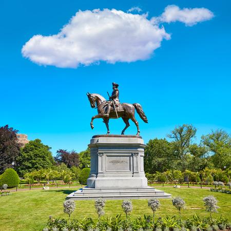 george washington: Monumento Boston Common George Washington en Massachusetts EE.UU.
