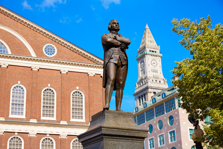 Samuel Adams Boston Denkmal in der Nähe von Faneuil Hall in Massachusetts USA Lizenzfreie Bilder