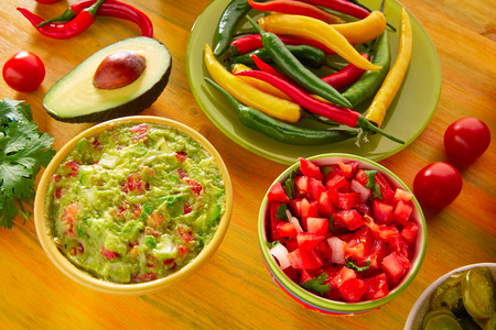 gallo: Mexican food mixed guacamole nachos chili sauce dipping cheddar cheese lemon pico de gallo