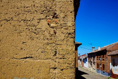 xacobeo: The way of saint James adobe mud walls at Palencia Spain Stock Photo