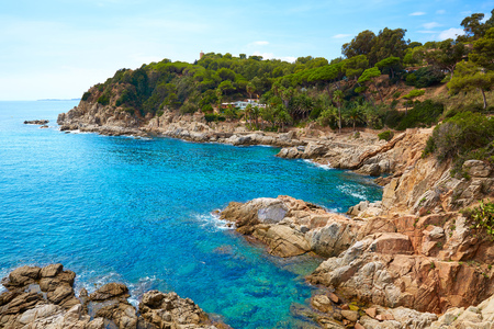 paisaje mediterraneo: Playa Costa Brava Lloret de Mar en Cataluña Cala Banys en España