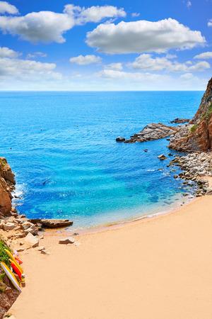 vacaciones en la playa: platja playa de Tossa de Mar Codolar en la Costa Brava de Cataluña España