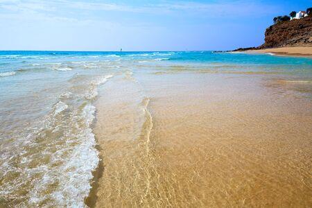 playas tropicales: playa de Morro Jable Fuerteventura en Islas Canarias de España