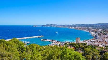 pueblo de Javea Xabia vista aérea en el mar Mediterráneo de Alicante España