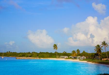 HONDA: Florida Keys beach Bahia Honda State Park in USA