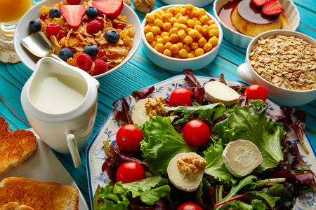 continental: healthy breakfast salad and cereals continental