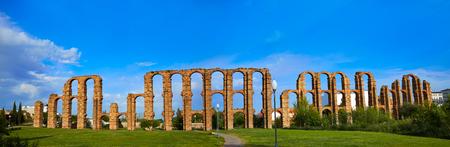 merida: Acueducto Los Milagros in Merida Badajoz aqueduct at Extremadura of Spain Stock Photo
