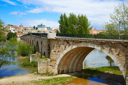 Zamora Puente de Piedra stone bridge on Duero river of Spain by Via de la Plata Stock Photo