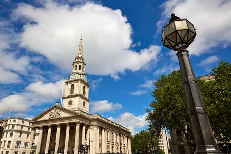 trafalgar: London Trafalgar Square St Martin church of UK England Stock Photo