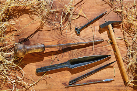 enea: Esparto halfah grass crafts workshop tools traditional Stock Photo