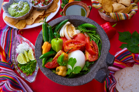 gallo: Molcajete with chili for chile ranchera sauce from Mexico