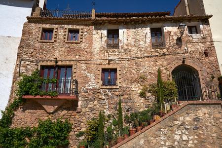 Arcos de las Salinas village in Valencia province of Spain Imagens