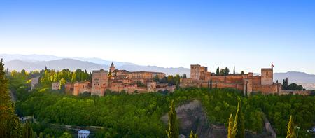 Alhambra-Sonnenaufgang-Licht in Granada von Spanien-Blick von Albaicin