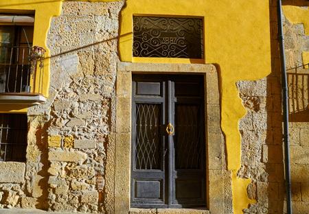 Tarragona old facades in Catalonia of Spain 版權商用圖片