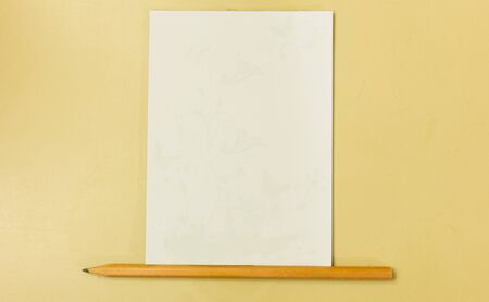paper note: Blank notepad with pencile