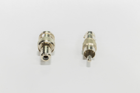 hf: BNC  Adapter to rca , BNC on white background.