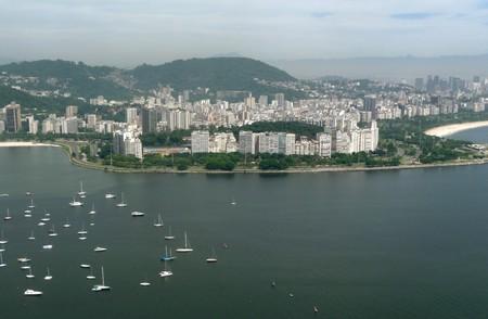 A lake a neighborhood a park a leisure area a postcard Lagoa  photo