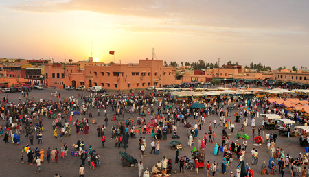 atracci�n: marruecos medina de la ciudad de mercado atractivo tur�stico Editorial