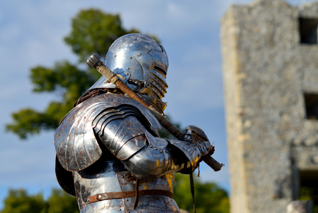 scepter: dark ages metal armor and helmet mace knight