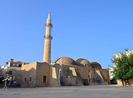 rethymno: RETHYMNO, GREECE - 08.03.2016: Mosque Neratzes landmark architecture