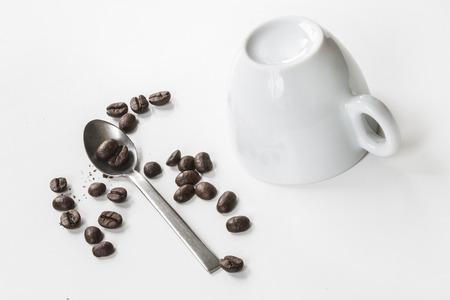 porcelain: porcelain cup